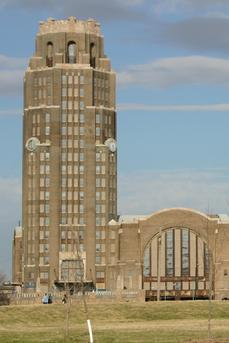 Buffalo Central Terminal   Memorial Drive At Paderewski   Click Image To  Learn More.