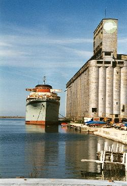 Aquarama/Marine Star called Buffalo, NY's waterfront home until 2007