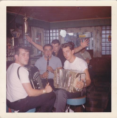 1968 - Warsaw Inn, Jerry Darlak on Concertina, Marion Lush in black shirt. The former clubrooms of the Polish Singing Circle are visable throught the bar window across Broadway. Click link to see pictures of building today.