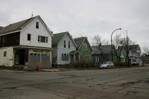 Half the structures on the southside of Paderewski Drive betweeen Lombard and Gibson were tore down between 2009 & 2010. The urgency to preserve and develop Paderewski Drive is high. LOST: 309, 307 & 303 Paderewski Drive (March 14, 2009)